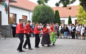 Helyi nemzetiségek zenék és kultúrák bemutatkozása, népszerűsítése - Zomba - 2020. 09. 26. #1